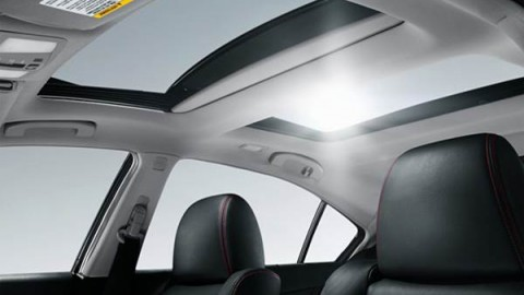 Power Sunroof Problems That Your Car May Encounter