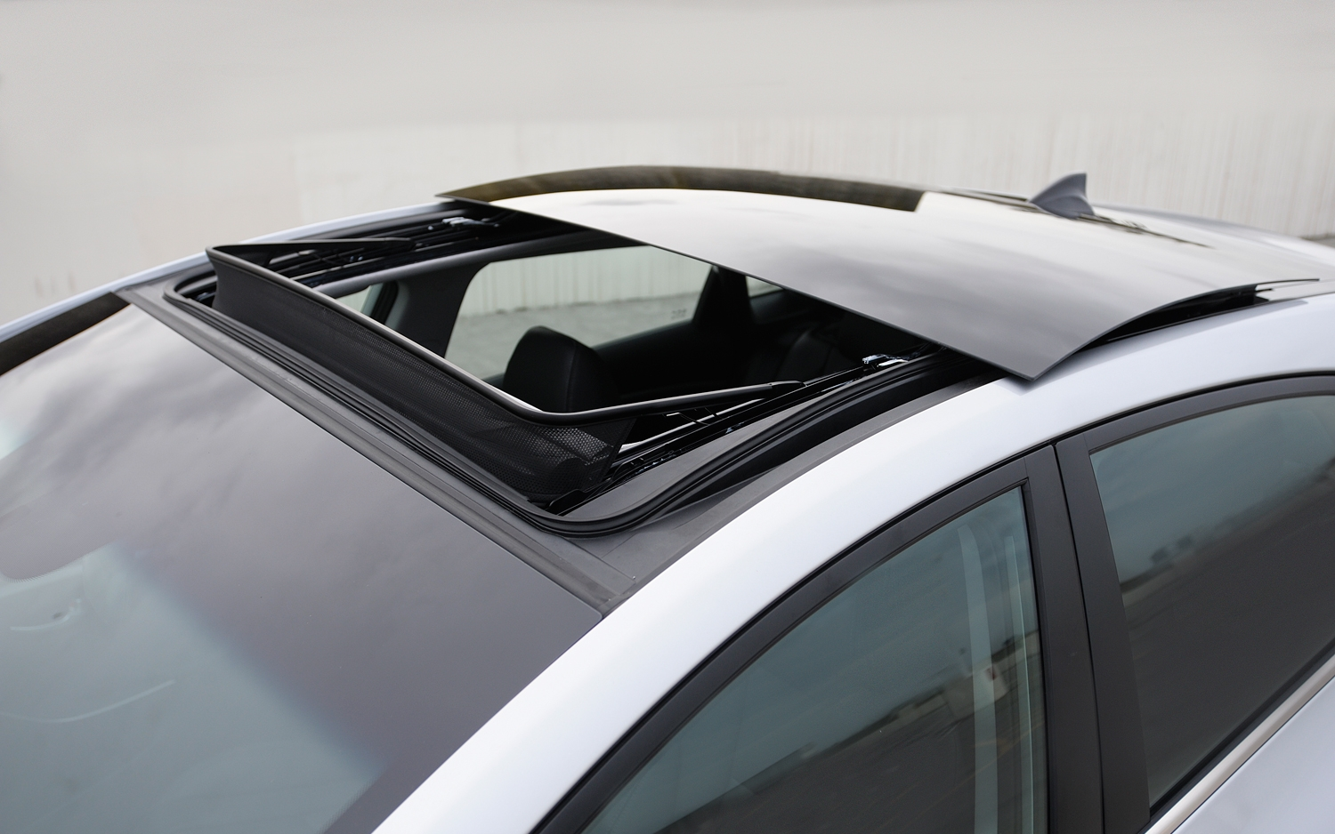 Common car sunroof problems and sunroof maintenance ...