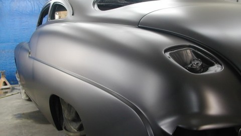 Do You Have to Scuff the Base Coat Before Painting the Clear Coat