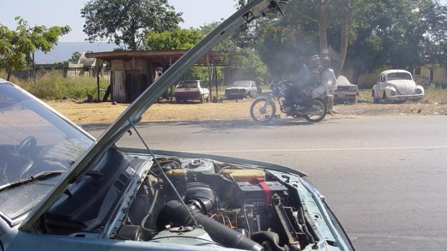 Engine Failure & White Smoke - AUTOINTHEBOX