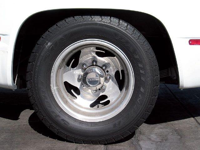 how long do car tires last autointhebox. Black Bedroom Furniture Sets. Home Design Ideas