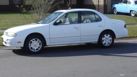 How to Drift a 1997 Nissan Altima