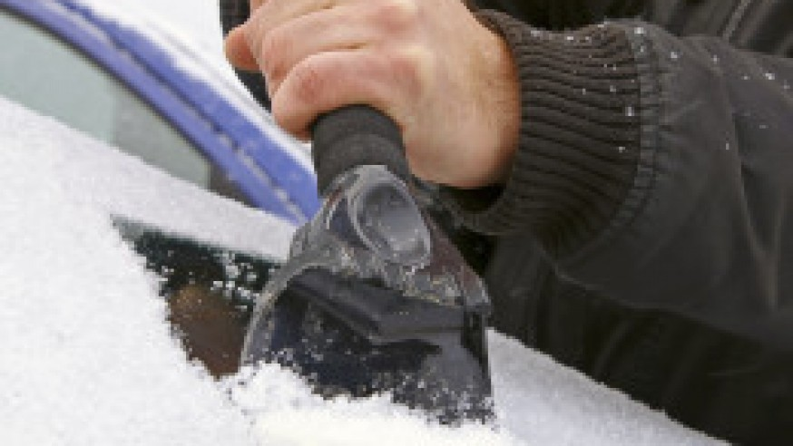 How to Protect Your Windshield against Snow & Ice