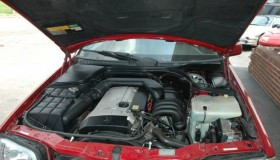 How to Troubleshoot a 1995 Mercedes C-280 Engine