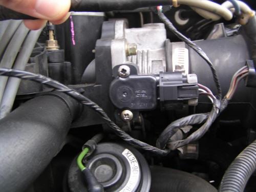 Symptoms of a Bad Throttle Position Sensor AUTOINTHEBOX