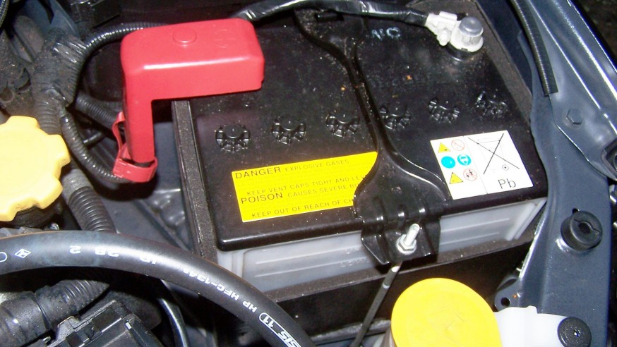 What's Wrong With My Car: 5 Signs Your Battery Is the Culprit