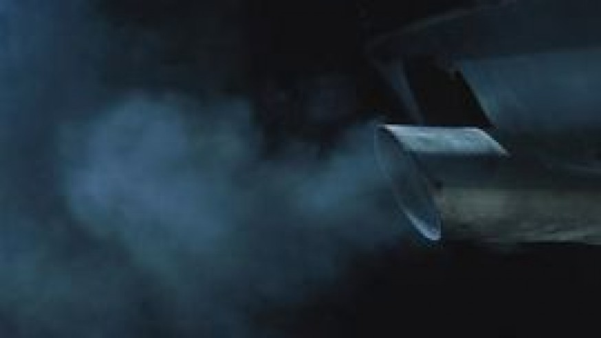 What Is Wrong With Your Vehicle if There Is White Smoke & Water Coming Out of Your Muffler?