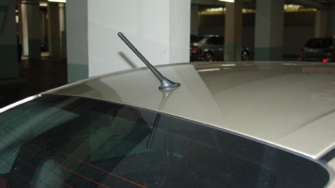 Have you ever performed car radio antenna replacement?