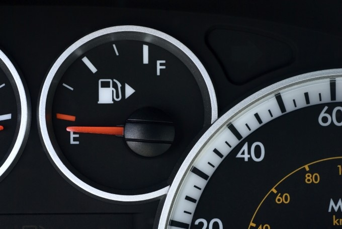 Reason For Too Much Pressure In The Gas Tank Autointhebox >> Car Fuel Gauges Autointhebox