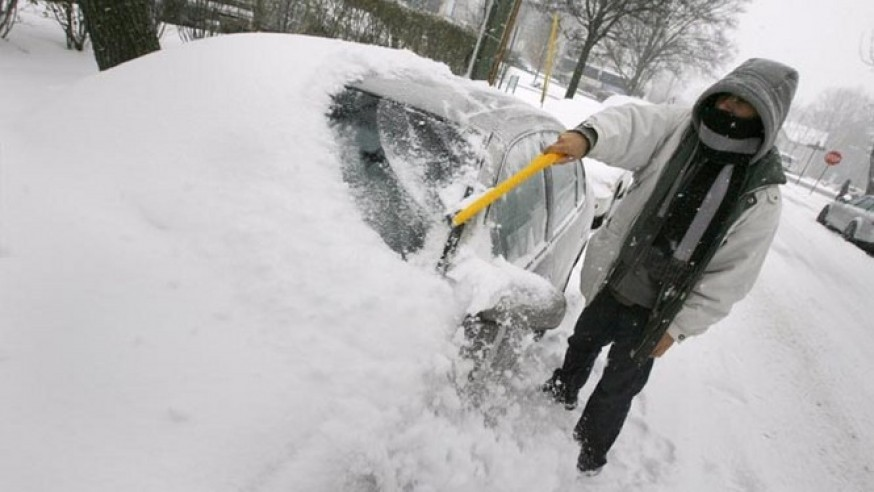 Keep car clean in the freezing winter can make a difference