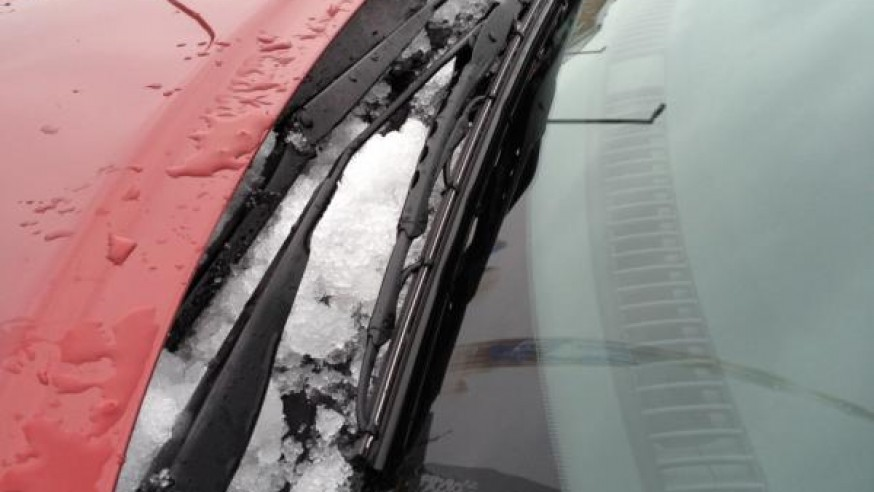Dealing with the frozen windshield washer fluids